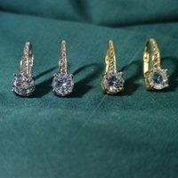 Brincos Hoop Huggie Diamante Ear Estilo Clássico Casamento Jóias Designer Acessórios 14K Gold Hoops Brass para deixar você ficar em cima da moda