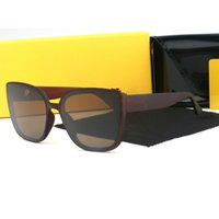 Partihandel Vintage Solglasögon Kvinnor med väska Twin Beams Round Glasses Märke Designer Metal Frame Shades Sun Gafas de Sol Mujer