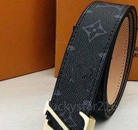 Cintura da uomo in pelle Designer Belt femminile Pure Colour Vita Cinture di Prestigio Donne Piccole cintureLv.S con scatola