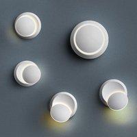 Moderne Wandleuchte, Drehmauer, kreatives Eclipse-Foyer-Schlafzimmer, weißer Treppen, Lampe