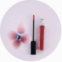 사용자 정의 립글로스 화장품 매트 액체 립스틱 반짝이 립글로스 개인 라벨 113 차이 컬러 비 컵 스틱 긴 지속