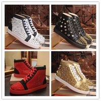 2021 Designer Sneakers per uomo Donna Bassa taglio scamosciato Glitter Party Lovers Amanti di nozze Vernice in vera pelle Rivetta Red Bottoms Shoes Shoes Skin Spikes Appartamento