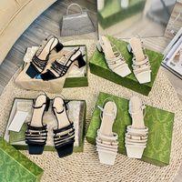 Mulheres de luxo verão aberto de pés dedo pérola sandálias designer branco preto baixo salto alto sandália gladiador sapatos