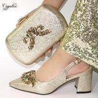 Обувь платья Элегантное шампанское золото свадьба / вечеринка высокая каблука и вечерняя сумка наборы новейших насосов с кошельком VC187 высотой 6,5 см