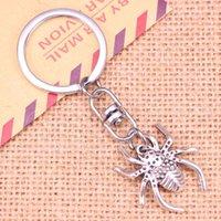 Yeni Moda Anahtarlık 28 * 25mm Örümcek Arachnic Kolye DIY Erkekler Takı Araba Anahtarlık Halka Tutucu Hatıra Hediye