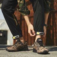 Homens ao ar livre Caminhadas Sapatos 2020 À Prova D 'Água Tático Combate Exército Botas de Deserto Treinamento Tênis Trekking Shoes Grande Tamanho 39-50 Q0901