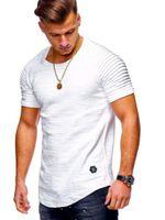 2021 NUEVO T SHIRTS Hombre Slim Solid Color Stripe Plised Fitness Ocio Deportes Pantalones cortos de manga con el embalaje del bolso