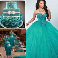 2020 Green Ball Gown Quinceanera Dresses Sweetheart Crystal Beaded Tulle Floor Length Corset Masquerade plus size Sweet Sixteen Dresses