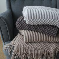 عالية الجودة تصميم البطانيات نمط الشمال نمط المنسوجات المنزلية الترفيه الحياكة طبقات بطانية لينة أريكة زخرفة السجاد