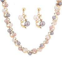 Pendientes blancos de oro Conjuntos de collar para mujeres elegante simulado-perla nupcial boda dama femenino banquete de banquete Danglish joyería