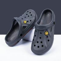 Newbeads Crocks Crocse Sandales Trou Chaussures Couple Chaussons Home Pantoufles Été Creux Sourire Visage Sourire Boucle Hommes Et Femmes Plage Plage Th45U56YJTymk