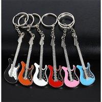 Schmuckzubehör Guitar Schlüsselanhänger Musikinstrumente Schlüssel Schnalle Originalität Anhänger Mode Ornamente Schlüsselanhänger Metall Männer und Frauen 1MO Y2
