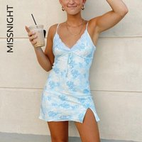 Casual Dresses Miss Tight Mode Spitze Blumenkleid Straped V-Neck Split Y2k Vintage-Stil Frauen Mini Bodycon Streetwear Clubwear
