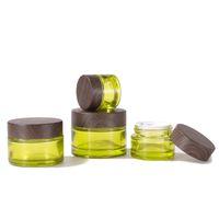 オリーブグリーンガラス化粧品ジャーの空の化粧サンプル容器ボトル、木製の穀物漏れ防止プラスチック蓋BPAフリーローション、クリーム