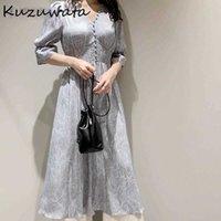 KUZUWATA V Yaka Uzun Kollu Ince Kazak Elbise Kadınlar Vintage Baskı Yüksek Bel Kalça Bir Çizgi Uzun Vestidos Bahar 2021 Yeni Robe Y0628