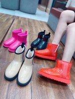 Clássico Limpar Mini Designer Mulheres Austrália Botas Australianas Botas de Neve de Inverno Furry Satin Boot 20 Tornozelo Botas de Couro Couro Outdoors Sapatos 3QQVW #