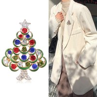 Hot Selling Series Cartoon Christmas Tree Snowflake Painting Oil Brooch Coat Brooches Accessories