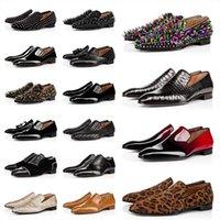 Top Quality Mens Mocassini Shoes Bottoms rosso Triple Black Oreo in pelle scamosciata in pelle vernice rivetti di vernice Slip on Loafer Dress Scarpe da sposa per la festa d'affari