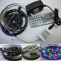 Adattatore US / UE LED LIGHT 60L / M 300LED 5M Black / White PCB Strip Smd3528 Flessibile RGB Colore Modifica del colore + 44key Controller Kit strisce