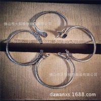 Andere Armbänder Chaozhou Brand Westward Journey Waffe Golden Cudgel Titan Stahl Armband Affe King Man Chaoren Jahr des Schweins