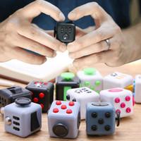 إلغاء الضغط لعبة تململ مكعبات الضغط غير محدود مكعبات الأطفال لعب الأطفال الكبار ستة من جانب