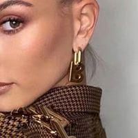 Kadınlar Küpe Luxurys Tasarımcılar Küpe Tasarımcı Takı Çiviler Moda Des Bougles D'Oreilles Tasarımcı Küpe BB Tasarım Mektupları 2104082L