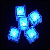 Aoto couleurs mini romantique cube lumineux LED glaçons artificiels cube flash LED lumière de mariage de mariage décoration de fête de Noël 530 s2