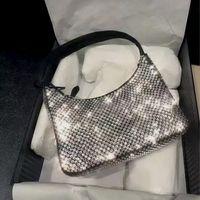 Dicky0750 diamant handtaschen top qualität diamanten handtasche leinwand tasche hobo umhängetaschen für frauen brust pack mode tasche ketten hand lady presbyopic geldbörse großhandel