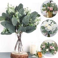 Dekorative Blumen Kränze 1/5 stücke Künstliche Eukalyptus Blätter Zweig grüne Blatt für Hochzeit Schießprop Home Holiday Greenery Decor
