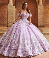 Lavender 2022 Quinceanera Dresses Off The Shoulder Lace Appliqued Flower Sweet 16 Dress Pageant Gowns vestidos de 15 años