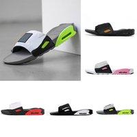 2021 Fashion Flat 90 Cojines zapatillas flip flops espuma corredor hombre sandalia negro resina playa mocasines con caja