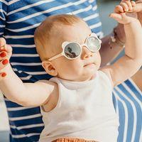 NUEVO Dibujos animados encantadores niños gafas de sol oso forma marco chicas niños gafas de sol renovado calle batido bebé muchacho gafas UV400 al por mayor