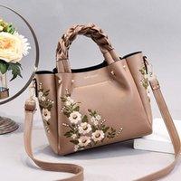 Moda Tote Çanta Nakış Çanta Çantaları Gelgit Bagshandbags Yeni Çanta Lüks Omuz Çiçek Tasarımcısı Lady Kadınlar UCDVG