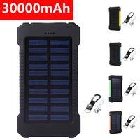 Taşınabilir Güneş Enerjisi Bankası 30000 mAh Su Geçirmez Harici Pil Yedekleme PowerCharger Telefon Pil Şarj Cihazı LED Güç Bankası