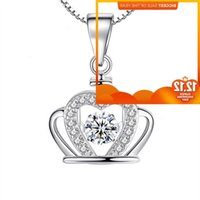 Fashion micro inlaid Haoshi crown smart Pendant Necklace with elegant characteristics and versatile accessories