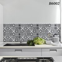 Wallpapers Waterproof Kitchen Wallpaper High Temperature Paste Self-Adhesive Marble Wall Paper Foil Bathroom Sticker Decor