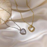 Кулон ожерелья Gsold старинные металлические кружева в форме сердца ожерелье ожерелье женщины элегантный темперамент цепочки клюшки цепочка ювелирных изделий 202103