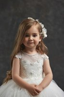 Cute Flower Girl Dresses Lace Appliques Bow Sequins Short Sleeves Birthday Party Wear For Wedding Floor Length Little Baby Pageant Gowns