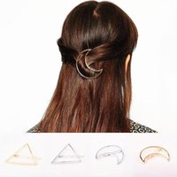 Hair Clips & Barrettes 2021 Moon Shape Hairpins Metal Women Lady Girls Triangle Barrette Clip Accessories Gift Decorations
