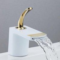 Banyo musluk pirinç şelale lavabo tek delik sapı ve soğuk güverte monte, beyaz, siyah, altın, gümüş musluklar