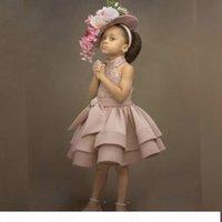 2021 Dusty Pink Crystal Flower Girls Abiti per matrimoni Perline Paillettes Ginocchio lunghezza Abito da comunione a buon mercato Abito da comunione su misura