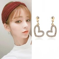 Clip-on & Screw Back 2021 Fashion Crystal Heart Earcuff Tassel Earring Clip For Woman Girl Without Piercing Gift Zircon