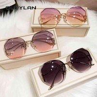 Güneş Gözlüğü Oulylan Moda Çay Degrade Kadın Okyanus Su Kesim Kesilmiş Lens Metal Kavisli Tapınaklar Güneş Gözlükleri Kadın UV400