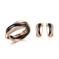 Conjuntos de jóias Atacado UNUSUAL preto branco conjunto de cobre Cerâmica para mulheres Anel de moda e presente de aniversário 2021 tendência golpe