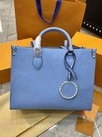 Últimas 35 cm Mulheres Designers Bolsas Crossbody Bags 2021 Verão Gradiente Cor Grande Capacidade Mamãe Sacola De Compras De Moda Bolsa De Ombro De Bolsa Em The Go Onthego