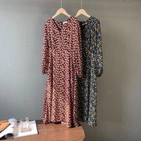 Sherhure 2021 Цветочный принт V-образным вырезом с длинным рукавом Boho Свободный стиль Женщины Винтаж MIDI Длина Платье Элегантные Vestidos Повседневные платья