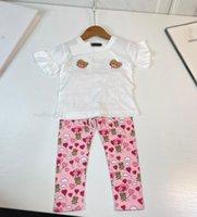 طفل الفتيات مجموعة ملابس الاطفال الدب إلكتروني طباعة الأعلى تي شيرت بانت قطعتين الأطفال المصممين الصيف البدلة فتاة بوتيك ملابس