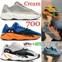 700 موجة عداء الجمود الاحذية مع مربع كاني ويست مصمم أحذية الرجال النساء 700 ساكنة الرياضة seankers حجم 36-45