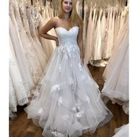 2019 New Cheap Simple Beach Summer Wedding Dresses Strapless Lace Appliques Ruffles Plus Size Formal Bridal Gowns