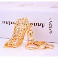 Altın Anahtar Yüzükler Promosyon Düğün Hediyesi Kristal Parlak Yüksek Topuk Ayakkabı Araba Anahtarı Tutucu Lady Yaratıcı Çanta Süsler Anahtarlık Kolye Personalityo4YZ